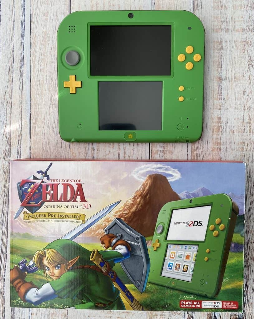 Ocarina of Time 2DS with box