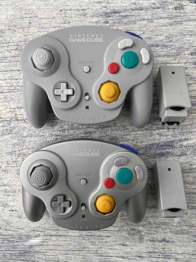 Wavebird GameCube controllers with receivers