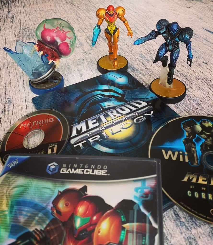 Metroid Prime Trilogy for Wii, Metroid Prime 1 disc, 2 case, and 3 disc, with Metroid amiibo, Samus and Dark Samus amiibo
