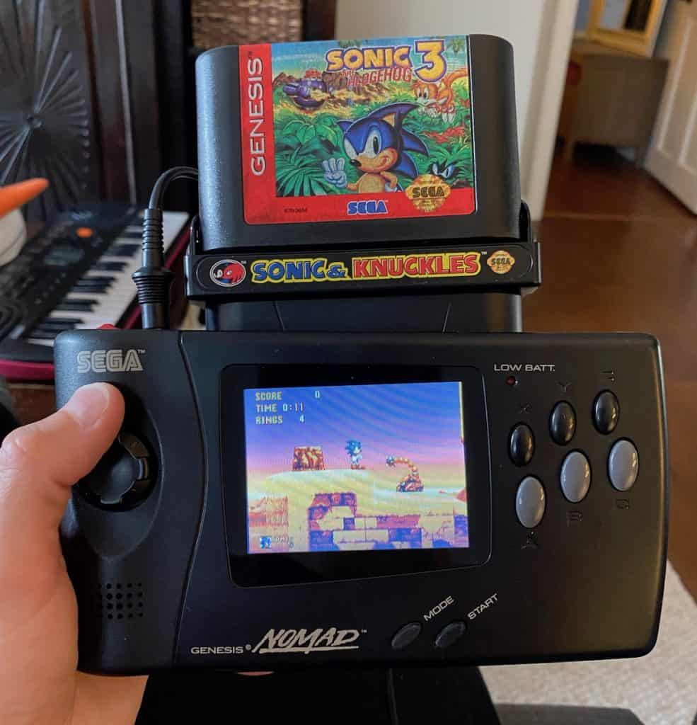 Sonic 3 & Knuckles lock on carts in Nomad