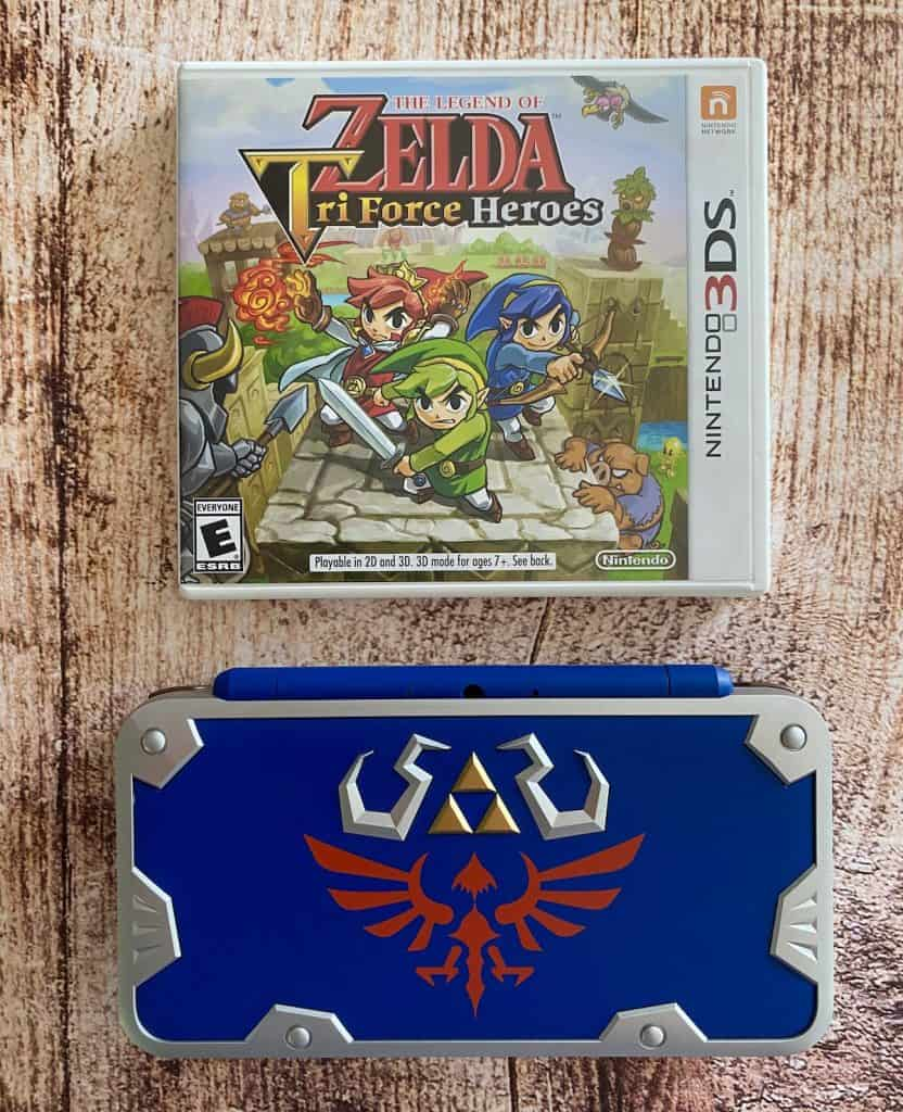 Zelda Tri Force Heroes case and Hylian Shield 2DS XL