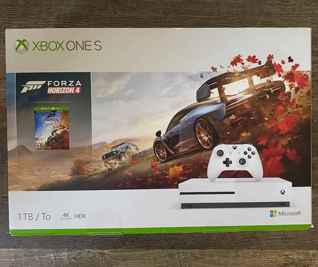 XBox One S Forza Horizon bundle box