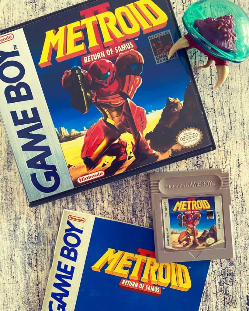 Metroid II Return of Samus case, cart, manual, and Metroid figure