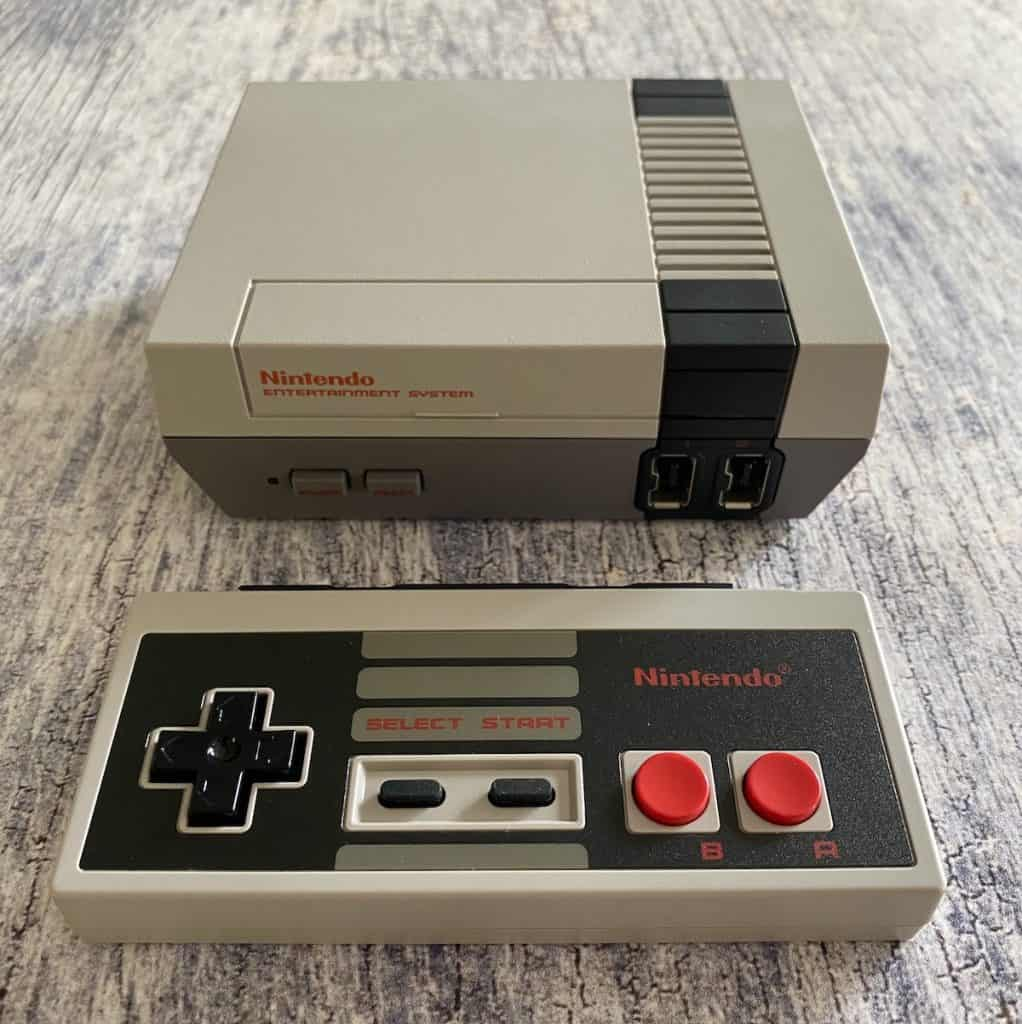 NES classic and Switch NES controller