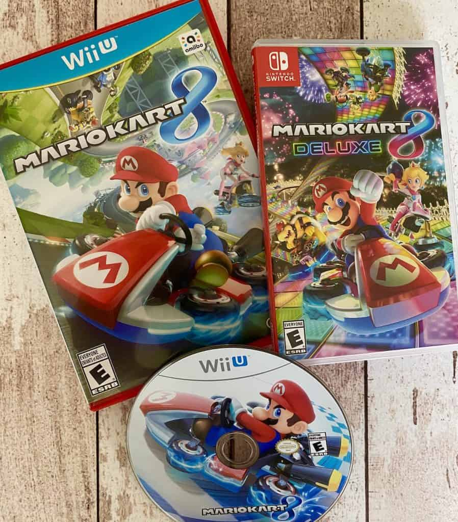 Mario Kart 8 for Wii U case and disc, and Deluxe case for Switch